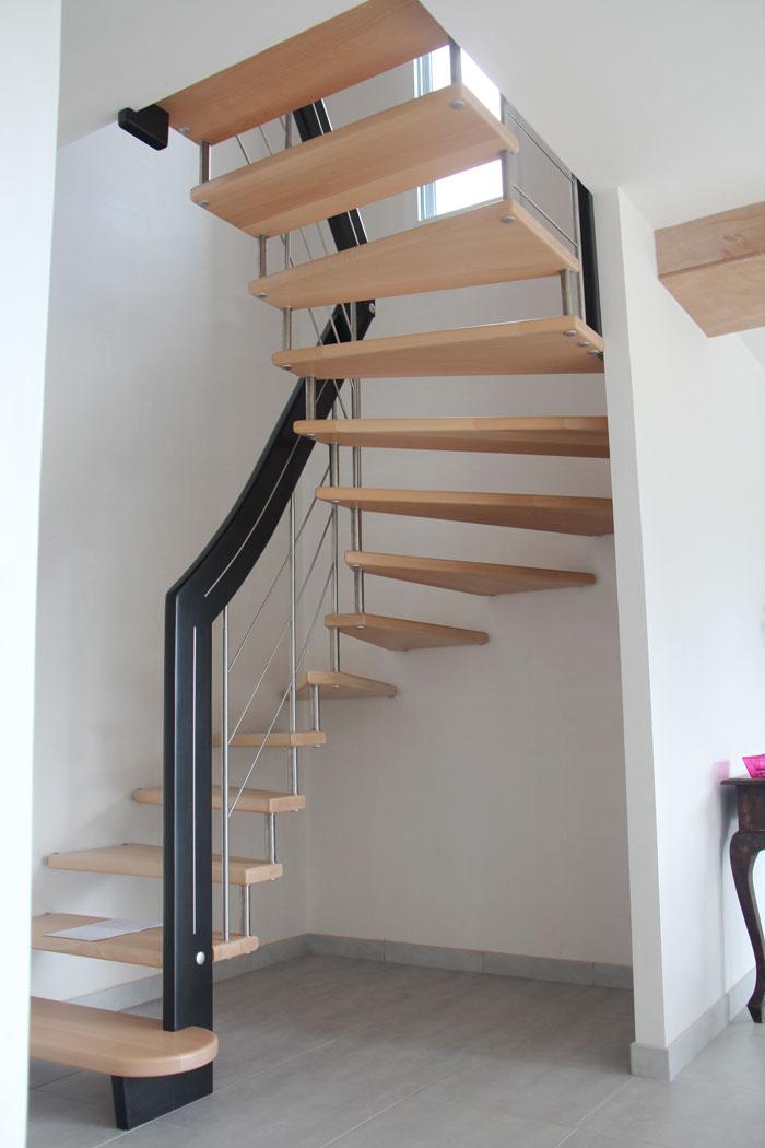 elegant escalier suspendu le bailleron with escaliers potier. Black Bedroom Furniture Sets. Home Design Ideas