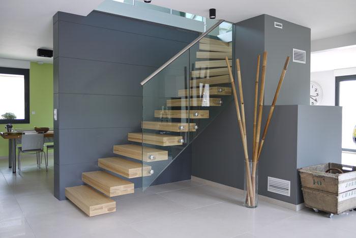 escaliers autoport s. Black Bedroom Furniture Sets. Home Design Ideas