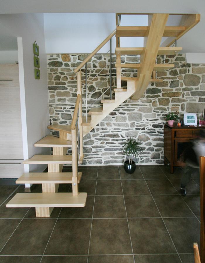 escaliers bois et tendance potier cr ateurs d 39 escaliers. Black Bedroom Furniture Sets. Home Design Ideas