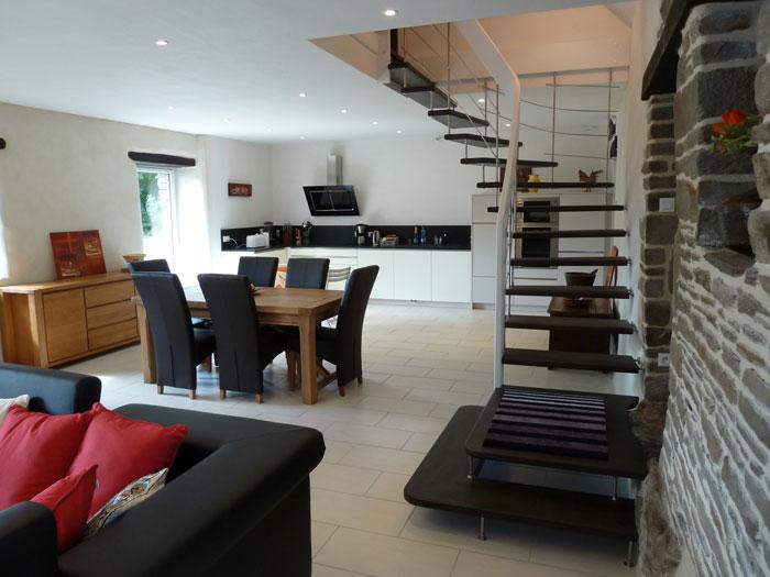 le boedic suspendu escalier moderne. Black Bedroom Furniture Sets. Home Design Ideas