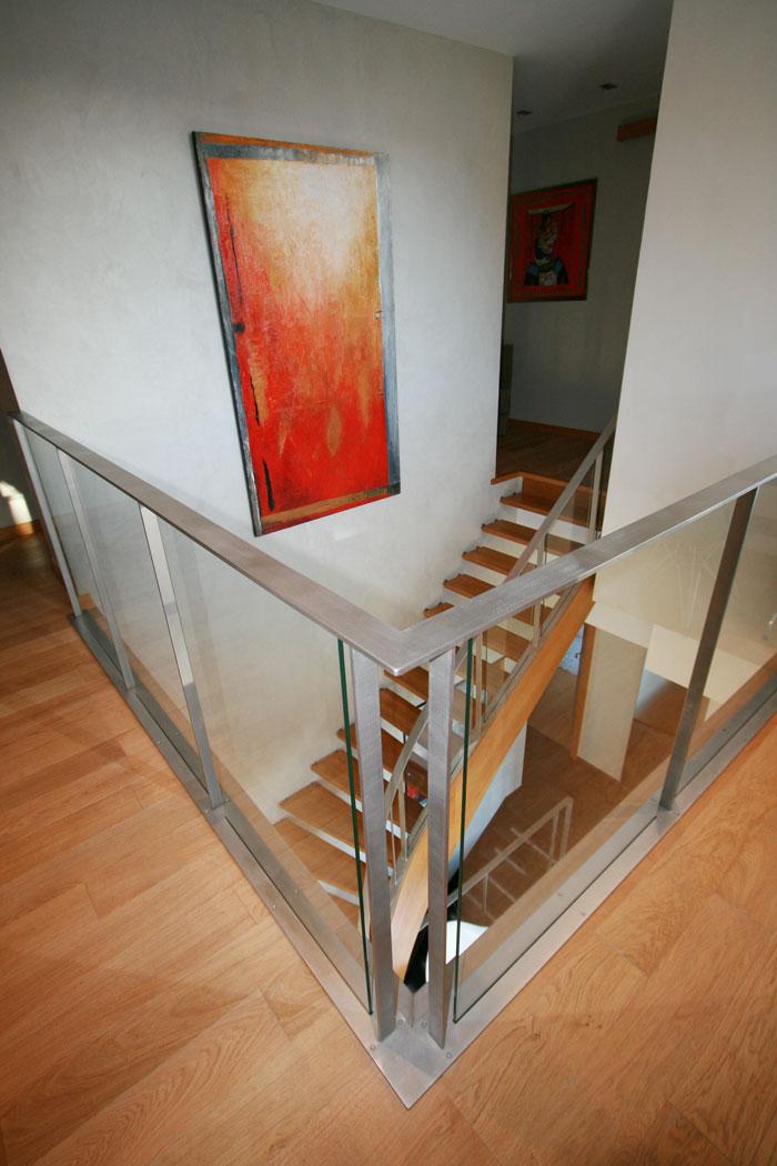 entre tradition et design saint lunaire. Black Bedroom Furniture Sets. Home Design Ideas